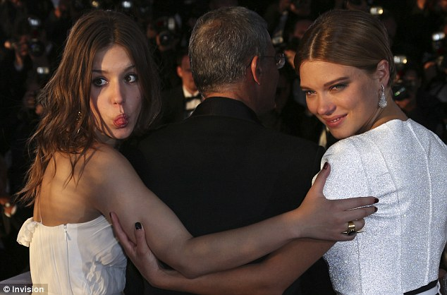Close: The actresses pose for waiting photographers