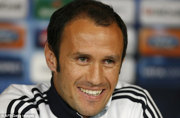 All smiles: Ricardo Carvalho has signed a one-year contract with Monaco