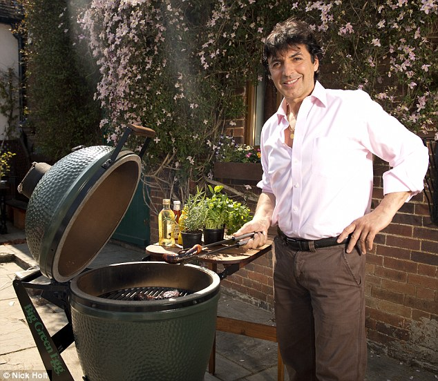 A gourmet grilling: Jean Christophe Novelli tests the Big Green Egg barbeque