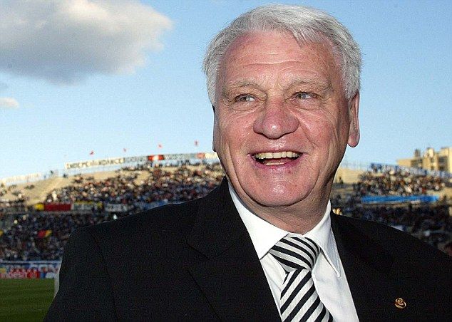 Icon: Sir Bobby Robson at the Velodrome Stadium in Marseille in 2004 ahead of his Newcastle side's UEFA Cup semi-final 2nd leg match