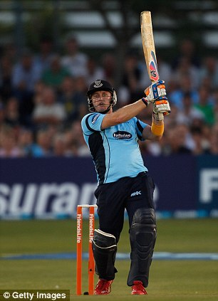 Great Scott: Styris tees off for Sussex in 2012