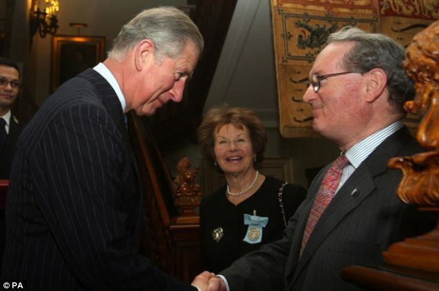 Award: The Prince of Wales awarding Michael Hintze a medal for Arts Philanthropy