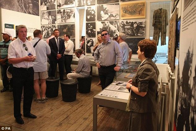 Moving: David Bernstein and England manager Hodgson (centre)during a visit to Yad Vashem in Jerusalem