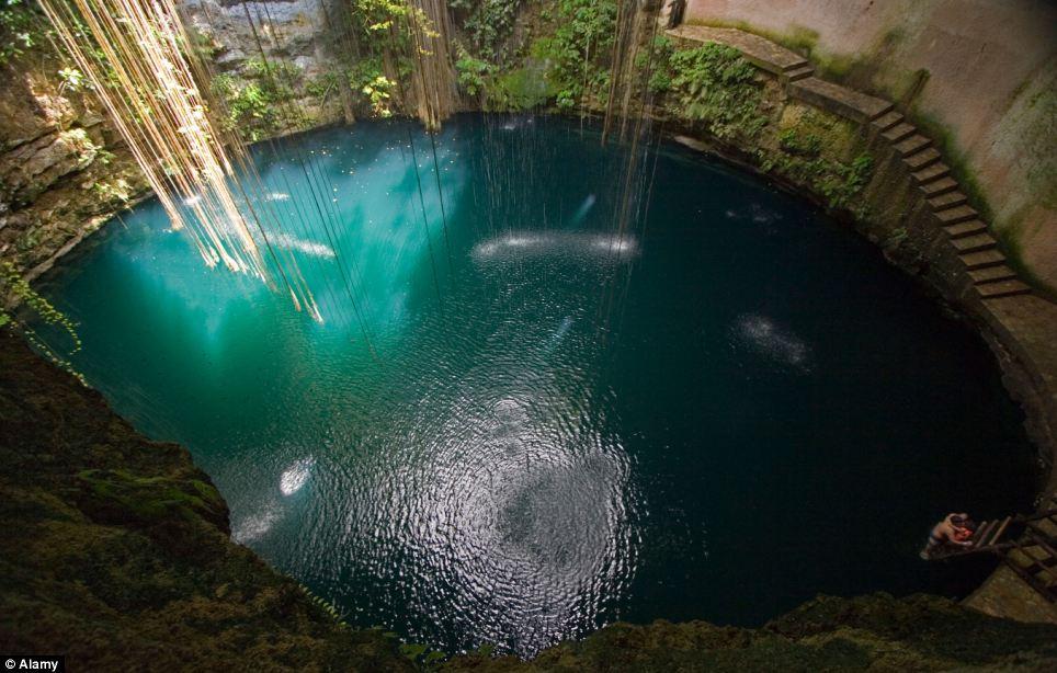 Ik-Kil Cenote Yucatan - Mexico