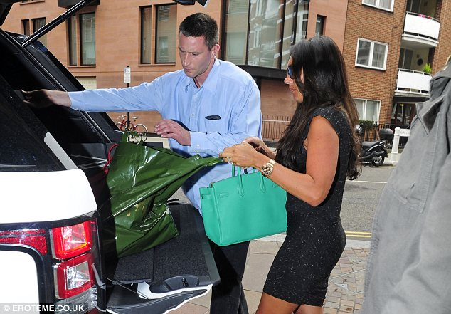Her must-have: As ever Tamara toted around a Hermes Birkin bag