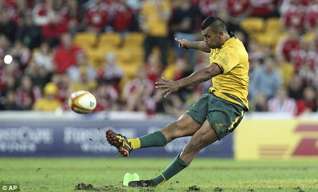 Let-off: Kurtley Beale stepped up to take the last minute penalty but his foot gave way