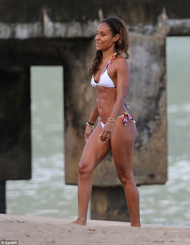 Super fit: The actress seemed body confident as she walked around, thanks to her regular work-out sessions