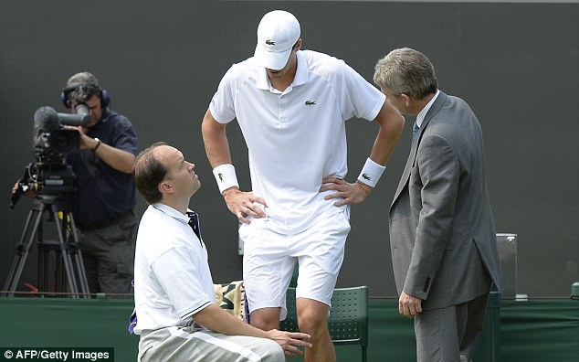 Unable to continue: Isner decided there was no way of carrying on and called off the match