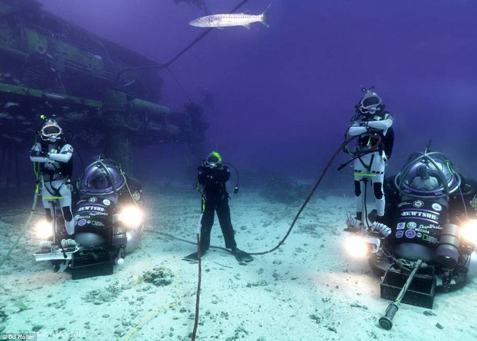 The aquanauts will be able to leave the sea lab using a sort of underwater ATV to explore the sea floor