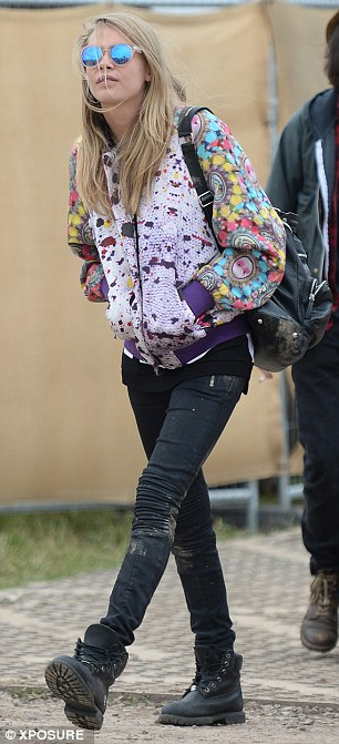 Understated: Cara opted for a casual outfit as she entered the farm ready to watch best pal Rita Ora perform on the Pyramid Stage