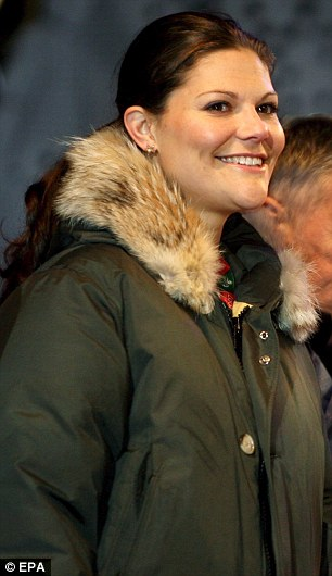 Thanks Finland! Crown Princess Victoria of Sweden and the Duchess of Cambridge both got a baby box