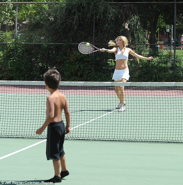 He can't hit it back! It must be very difficult to play tennis with only one racket