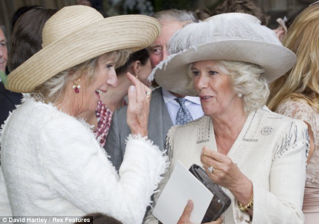 Family ties: Annabel Elliot, left and sister Camilla are close confidants