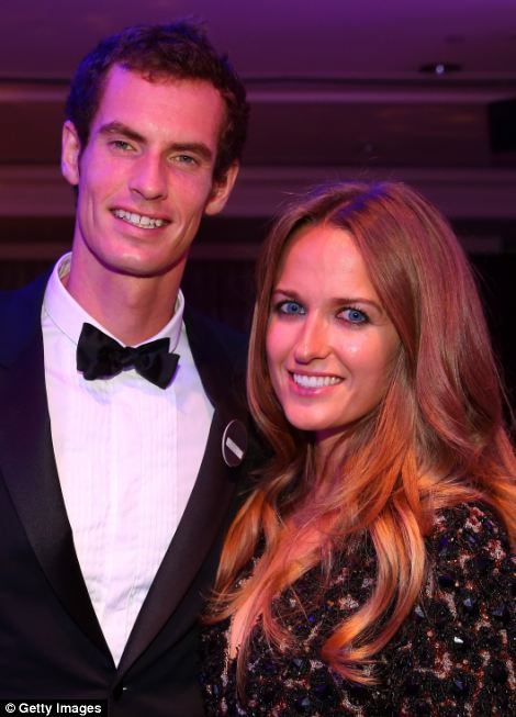Gentlemen's Singles Champion Andy Murray of Great Britain poses with his girlfriend Kim Sears during the Wimbledon Championships 2013 Winners Ball