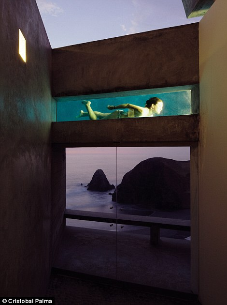 Barclay & Crousse, Vedoble Houses, Cañete, Peru