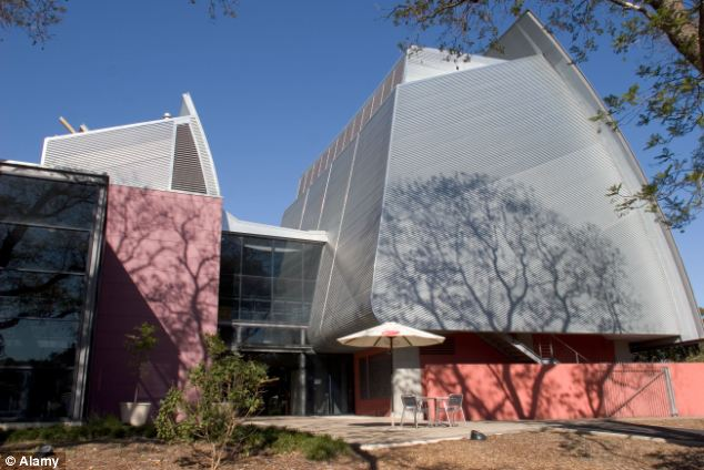 Venue: The picture was part of an exhibition of prizewinners at the National Wine Centre in Adelaide, Australia