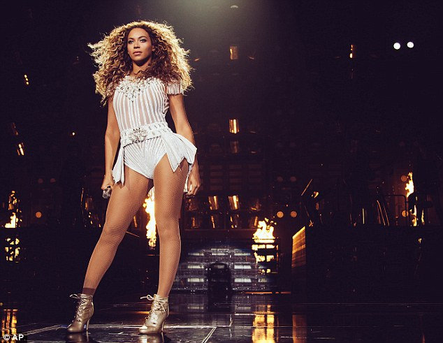 You can see her Halo from here: Beyoncé took her acclaimed Mrs Carter Show World Tour to Boston, Massachusetts on Tuesday