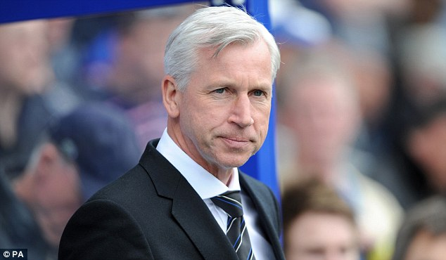Disappointed: Alan Pardew wasn't happy with the referee's performance