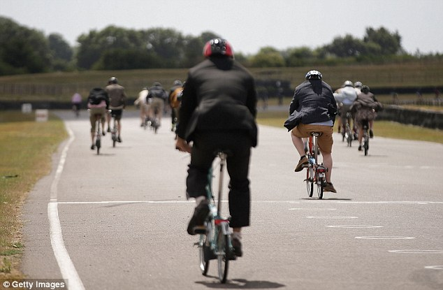 The Brompton World Championship folding bike race starts with a Le-Mans style sprint to the rider's bike, which is then assembled and followed by a 15.2km ride