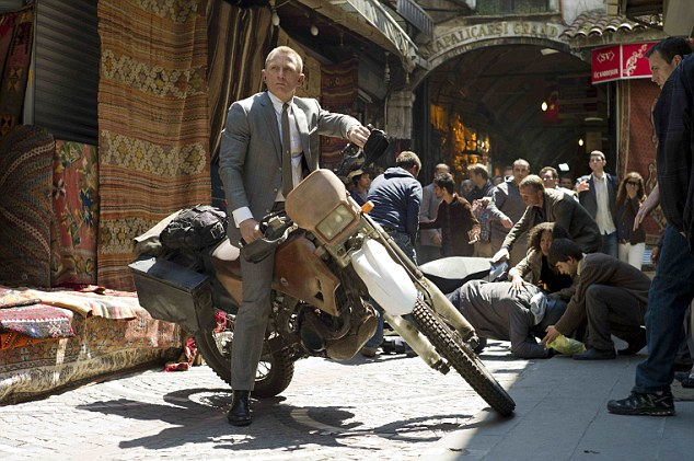 All action: James Bond star Daniel Craig films Skyfall in Istanbul
