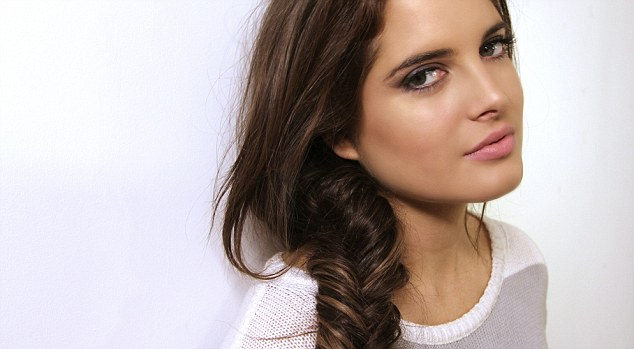This week Made In Chelsea starlet Binky Felstead shows you how to get the summer's hottest hair trend: the fishtail plait
