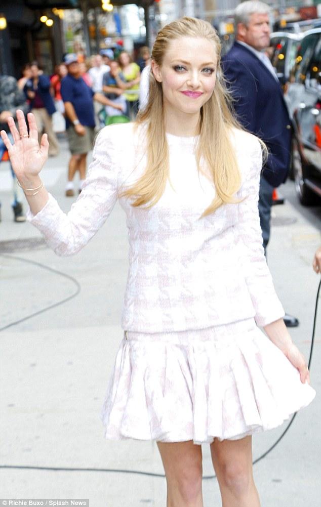 How do I look? Amanda channeled a Park Avenue princess in her pretty Balmain ensemble