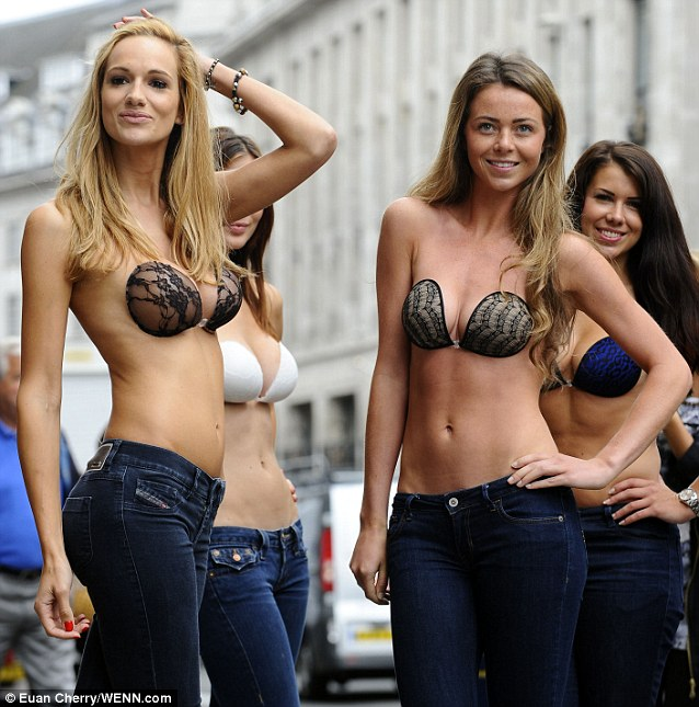 Despite the walking and twisting the bras held up and their were no 'wardrobe malfunctions'