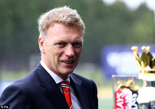 Targets: Manchester United boss David Moyes identified his midfielder at Everton as an addition to his side