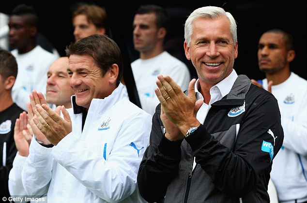Score to settle: Alan Pardew acknowledges that Newcastle have always struggled against Man City