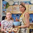 Cake ban mother and daughter
