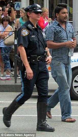 The New York City taxi driver Faysal Kabir Mohammad Himon