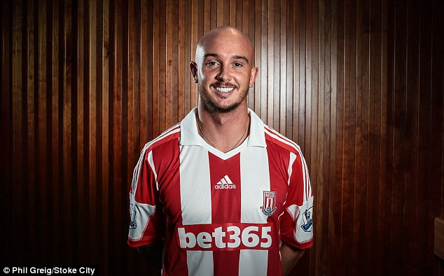 Reunited: Stephen Ireland made a late switch to join former Man City boss Mark Hughes at Stoke