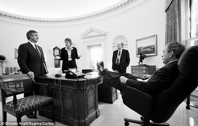 Some right-wingers have forgotten that scuffing up the Oval Office furniture is a bipartisan pastime