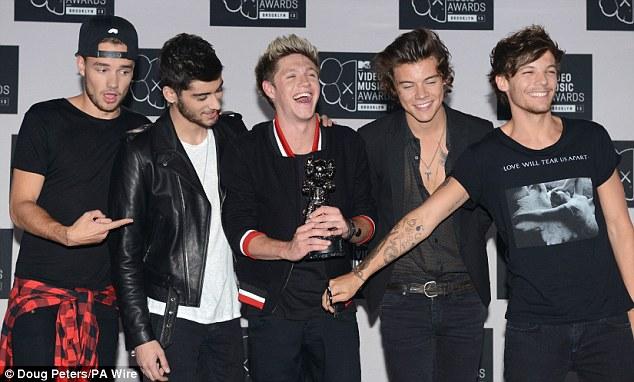 Winning! Niall Horan, Zayn Malik, Louis Tomlinson Liam Payne, Harry Styles of One Direction at the MTV Video Music Awards last week