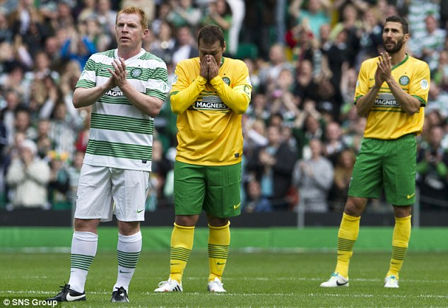 Overwhelmed: Petrov acknowledged the crowd in the 19th minute