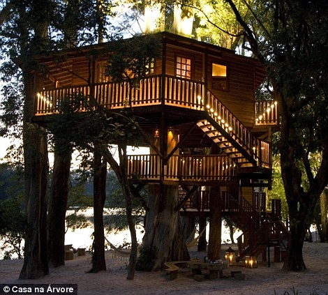 Two Storey further The Worlds Extraordinary TREE HOUSES Revealed also 372532200400975297 as well The 5 Largest Mansions In Los Angeles further Most Unique House Design best 25 Unique Floor Plans Ideas On Pinterest Small 10. on most beautiful bedroom design in the world