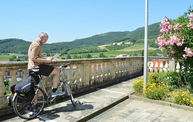 Matt stops on his cycle tour