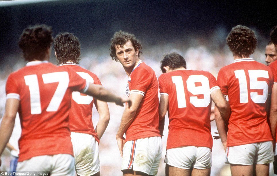1982 World Cup Finals, Bilbao, Spain, 16th June, 1982, England 3 v France 1, England's Trevor Francis supervises an England defensive wall during a free kick  (Photo by Bob Thomas/Getty Images)