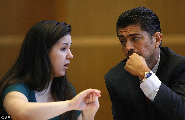 Defense: Mee talks with her attorney Bryant Camareno at the Pinellas County Justice Center in Clearwater, Fla.