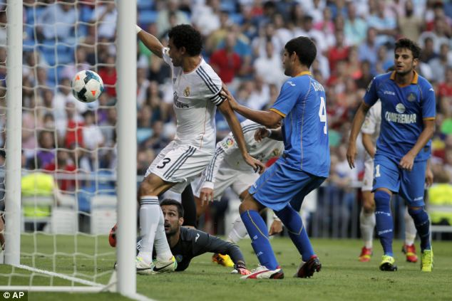 Easy: Pepe scores a tap-in to bring Real level