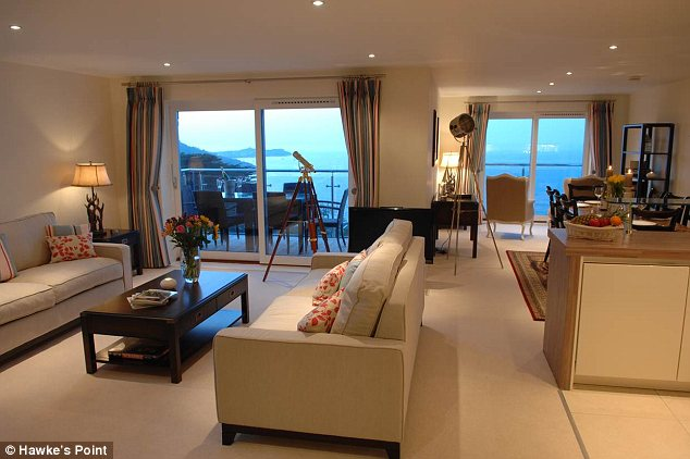 Stunning apartment: Penthouse number 23 at Hawke's Point in Carbis Bay, Cornwall, offers luxurious accommodation for six people