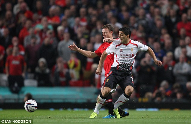 Stuck in: Suarez caused numerous problems for United in the first half hour