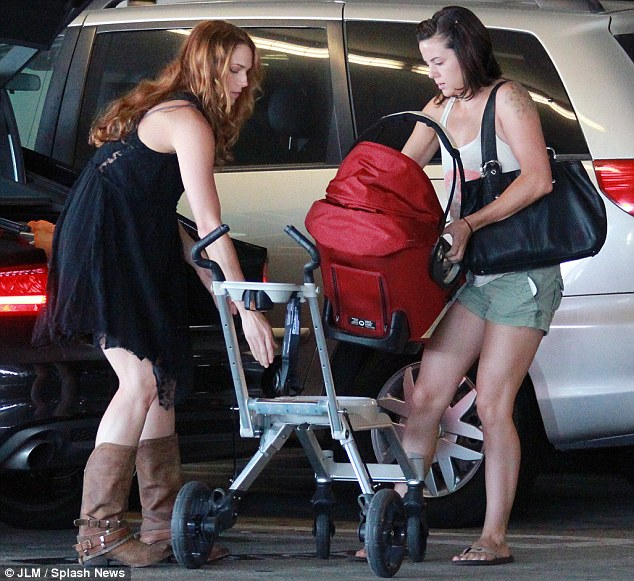 Full time mommy? It's been rumoured that Amanda may not be returning to her hit show The Mentalist after its sixth season