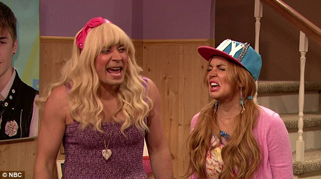 'Ew!' Lindsay Lohan and Jilmmy Fallon dress up to play BFFs in a hilarious TV sketch