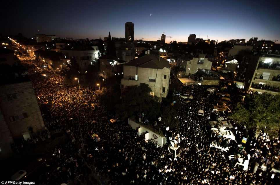 Devastated: Hundreds of thousands of ultra-orthodox Jews attend the funeral of Rabbi Ovadia Yosef