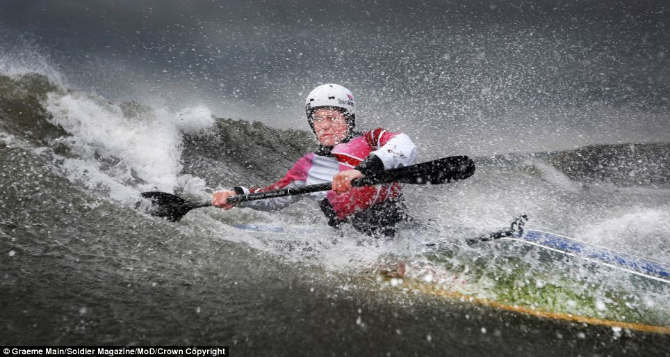 'Paddle Power' by Graeme Main, Pro Sports and AT winner.
