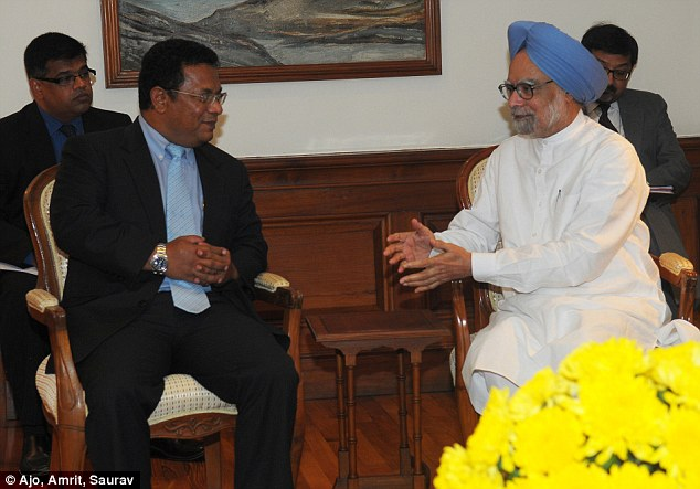 Character: Stephens with The Prime Minister of India, Dr. Manmohan Singh