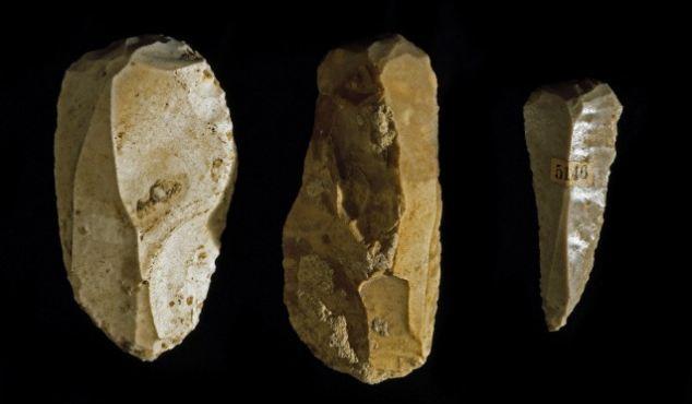 Prehistoric utensils in flint