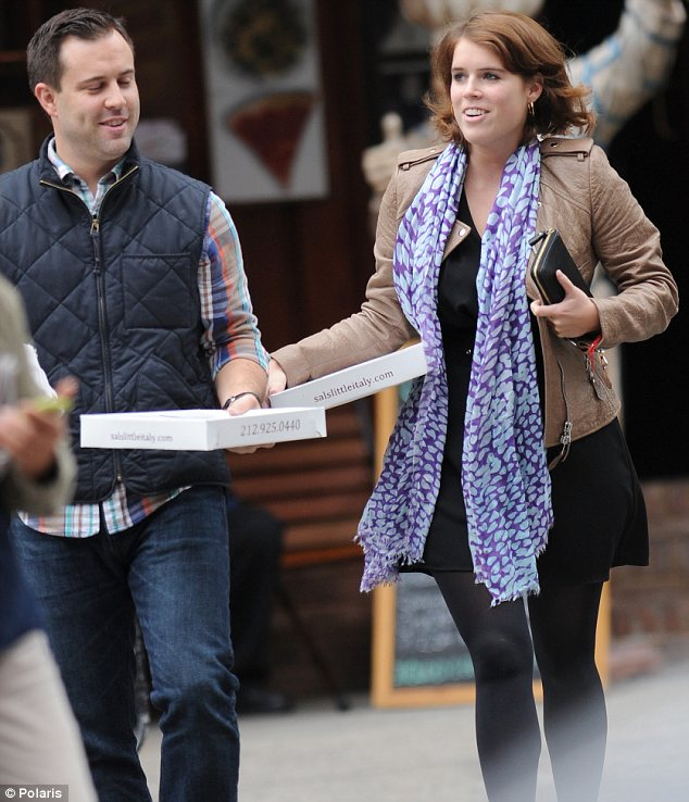 Fitting in: Eugenie blended in amongst all of the other New Yorkers as she went about her business in Little Italy