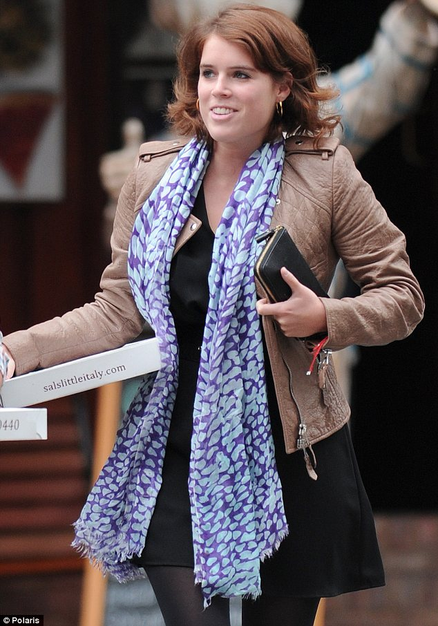 Already a local: Princess Eugenie and a co-worker from Paddle 8 picked up pizza for lunch in Little Italy on Friday